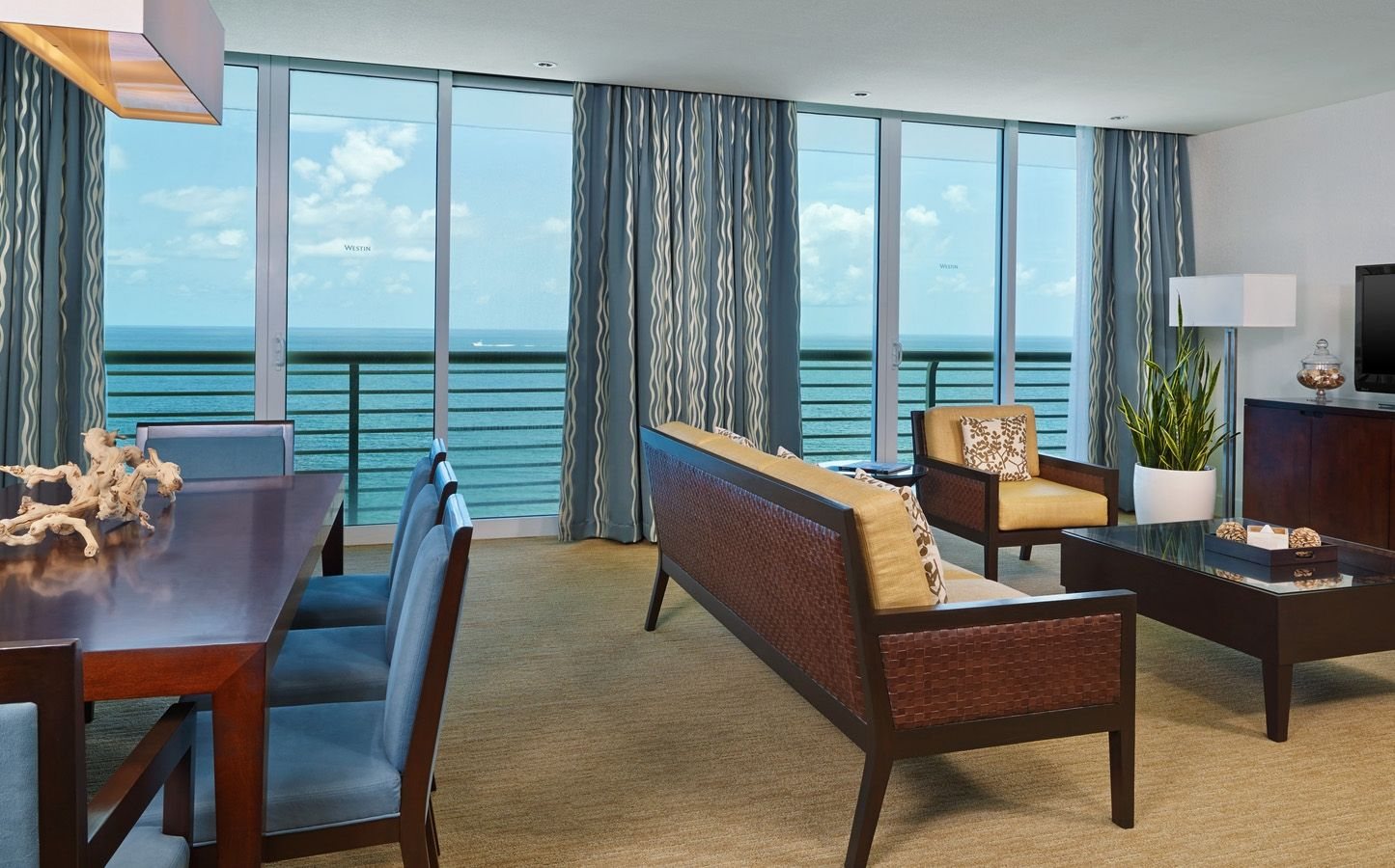 Presidential Suite. Fort Lauderdale Resorts