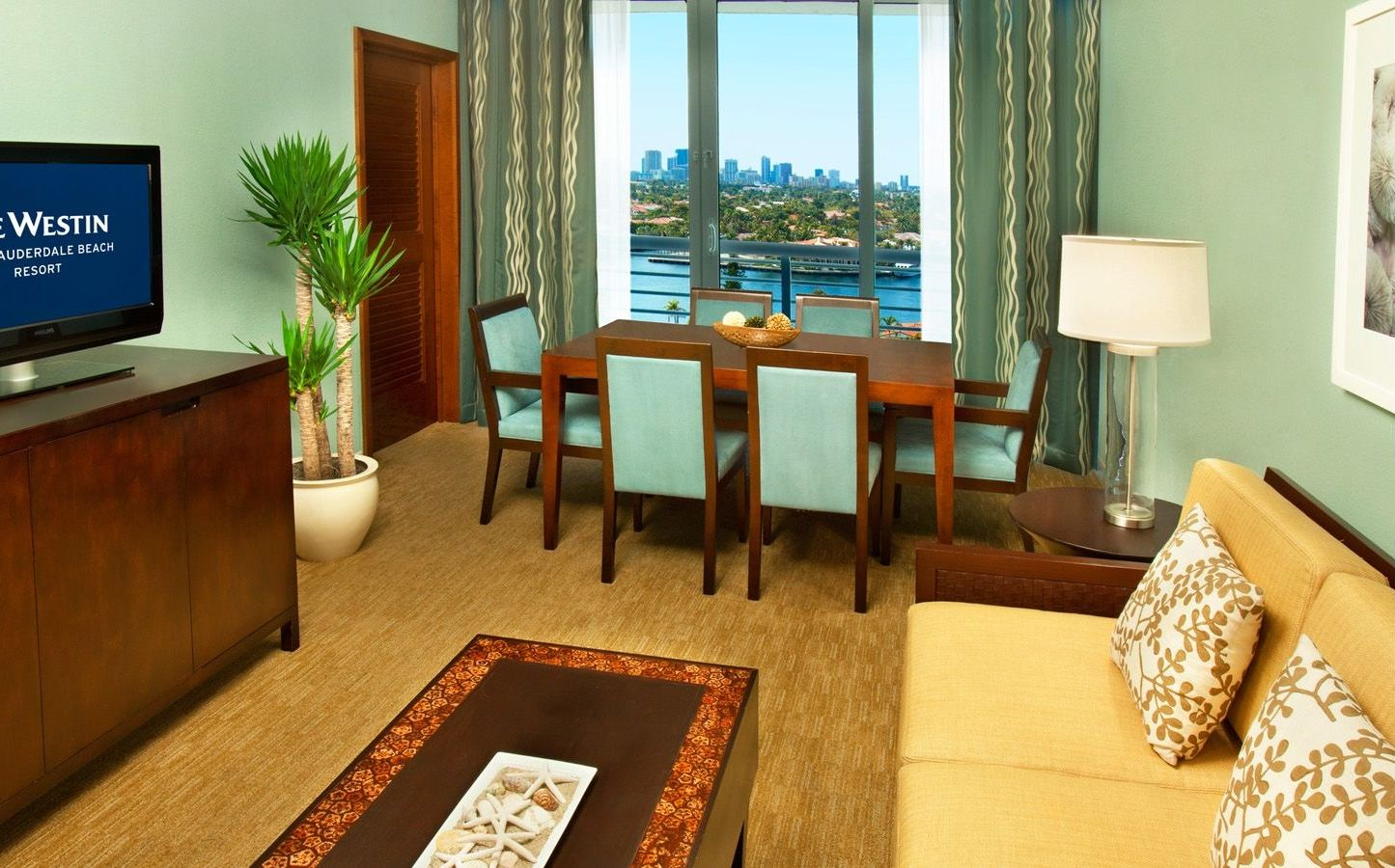 Delightful One Bedroom Suites. Fort Lauderdale Resorts